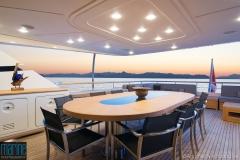 luxury_motor_yacht_exterior_118_6867_1