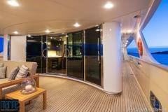 luxury_motor_yacht_exterior_night_118_6410