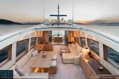luxury_motor_yacht_lounge_exterior_218_9636