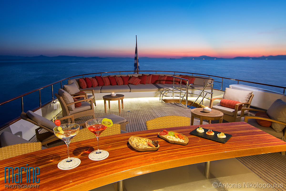 luxury_yacht_exterior_night_greece_217_8559