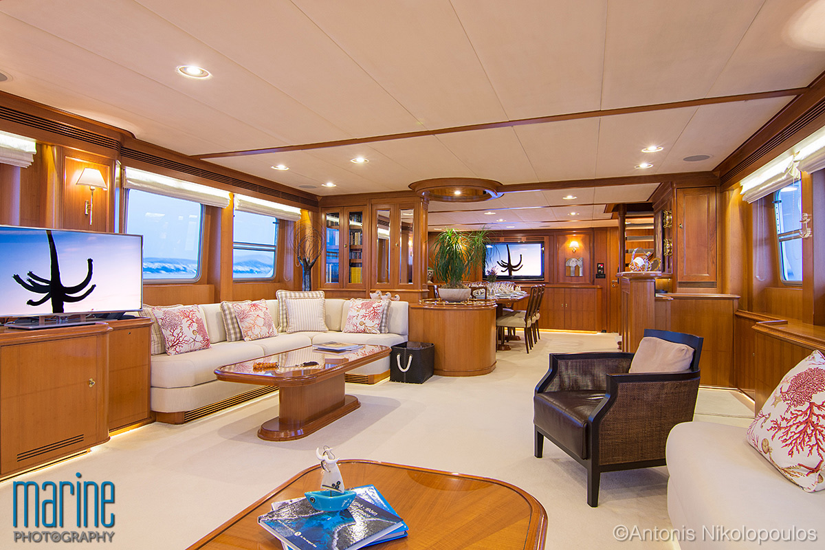 luxury_yacht_interior_night_nikolopoulos_217_7993