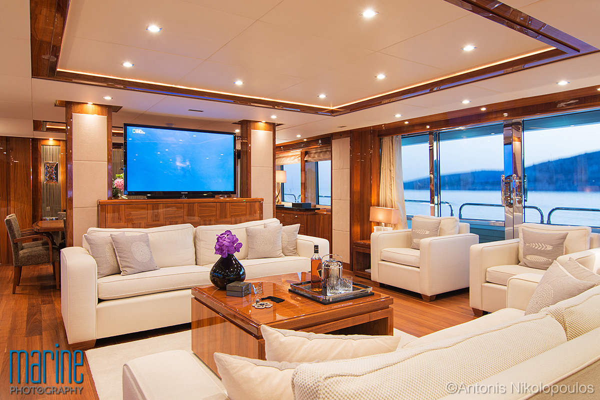 luxury_yacht_lounge_317_1146