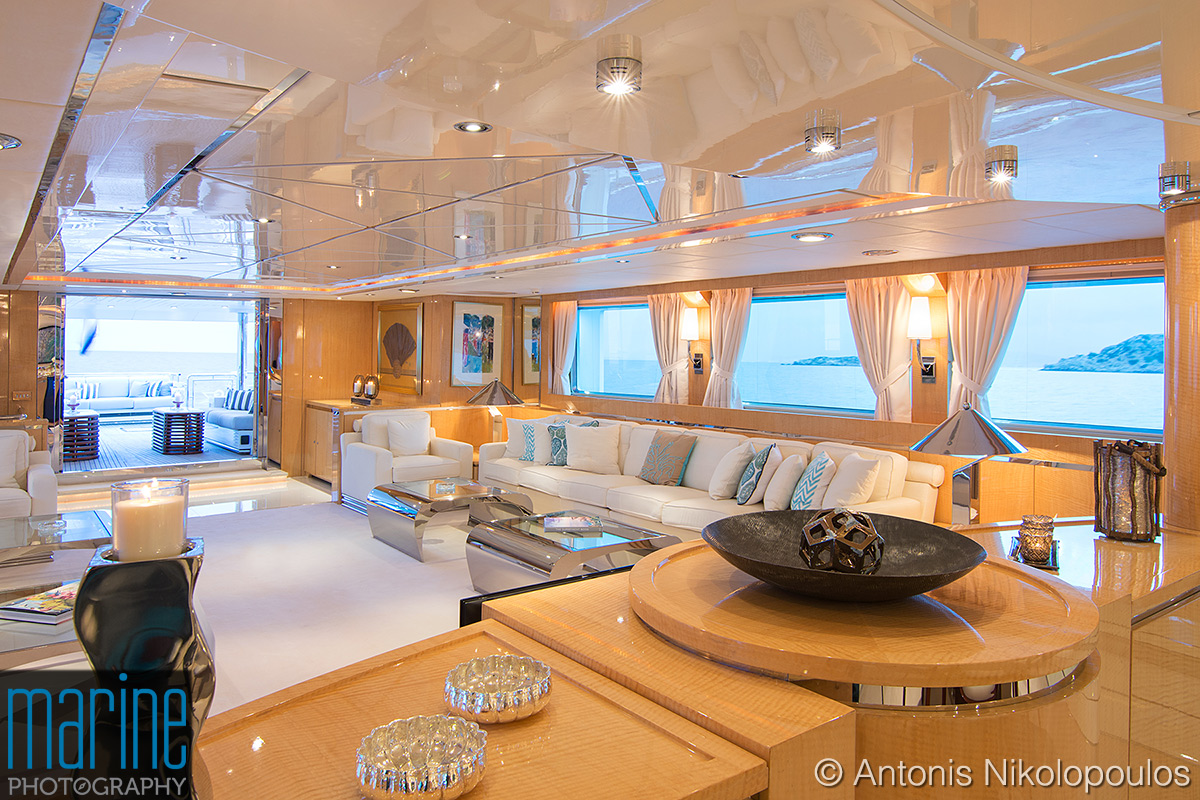 luxury_yacht_interior_317_1544