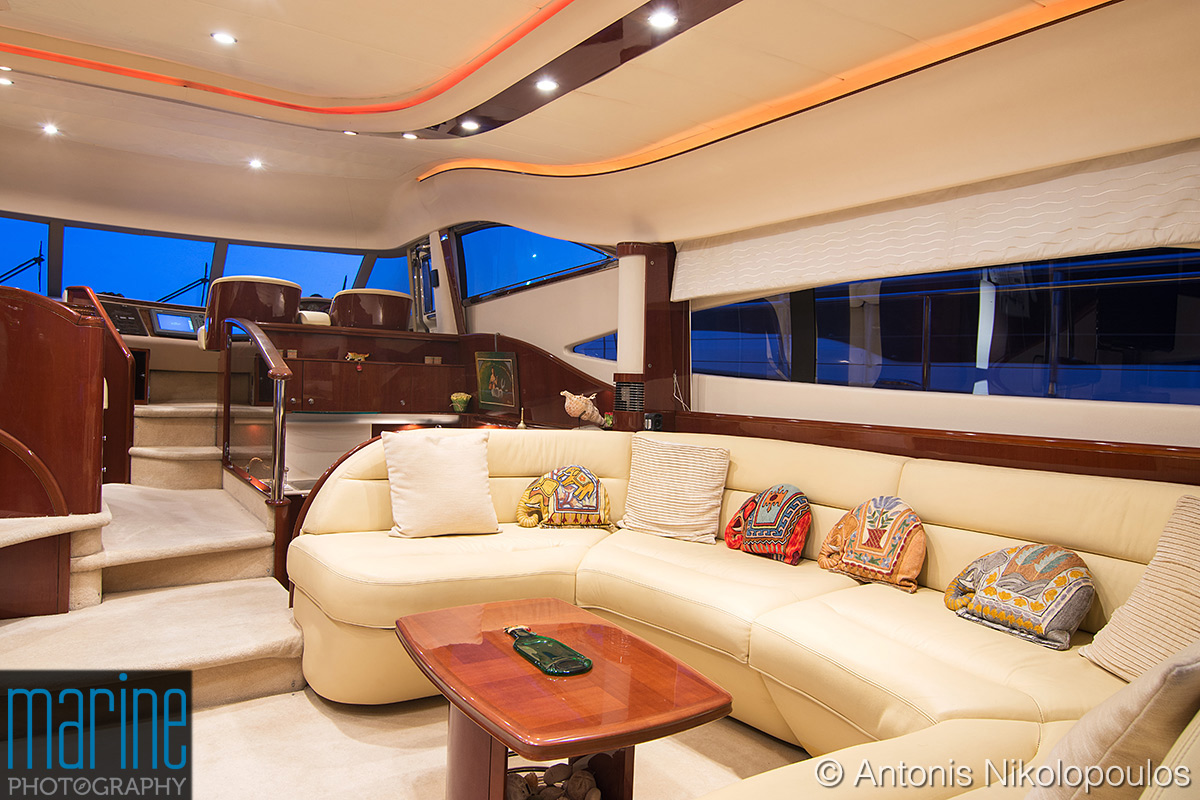 luxury_yacht_interior_417_2858