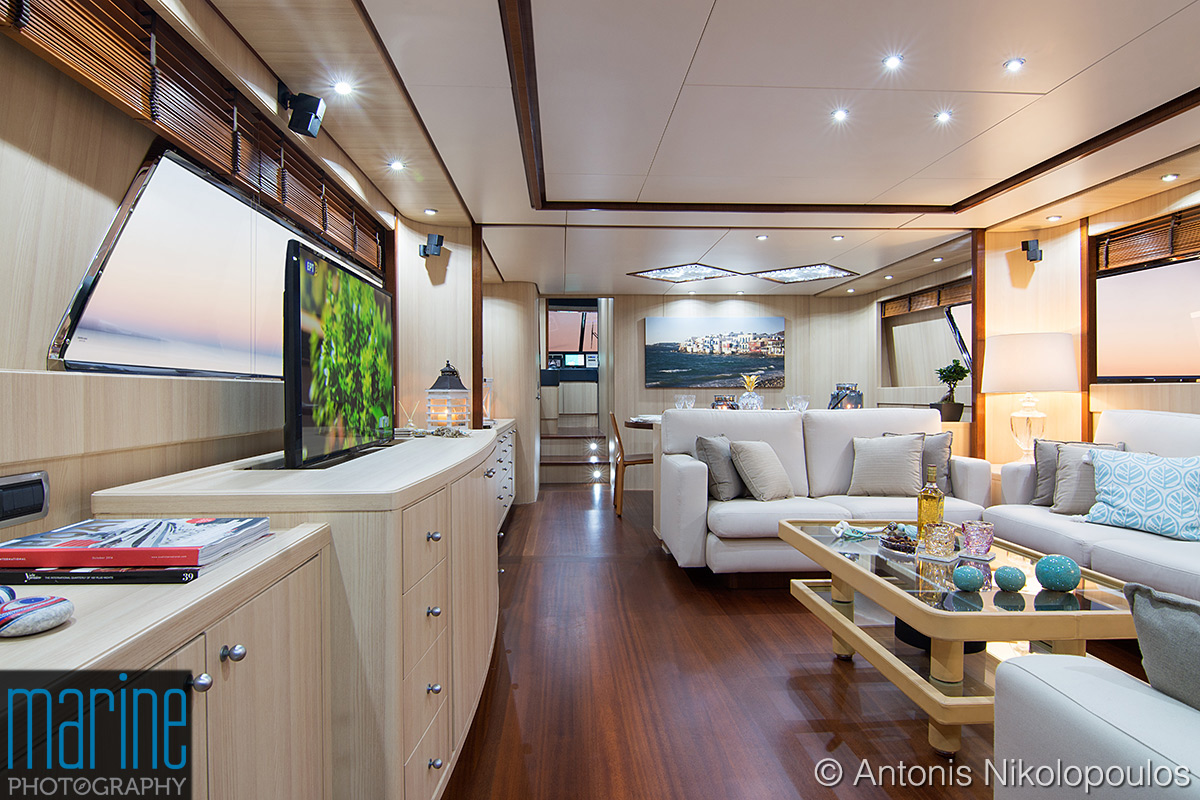 luxury_motor_yacht_interior_lounge_118_5671