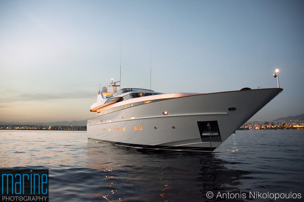 luxury_motor_yacht_sunset_218_9287_1200-1024x683.jpg