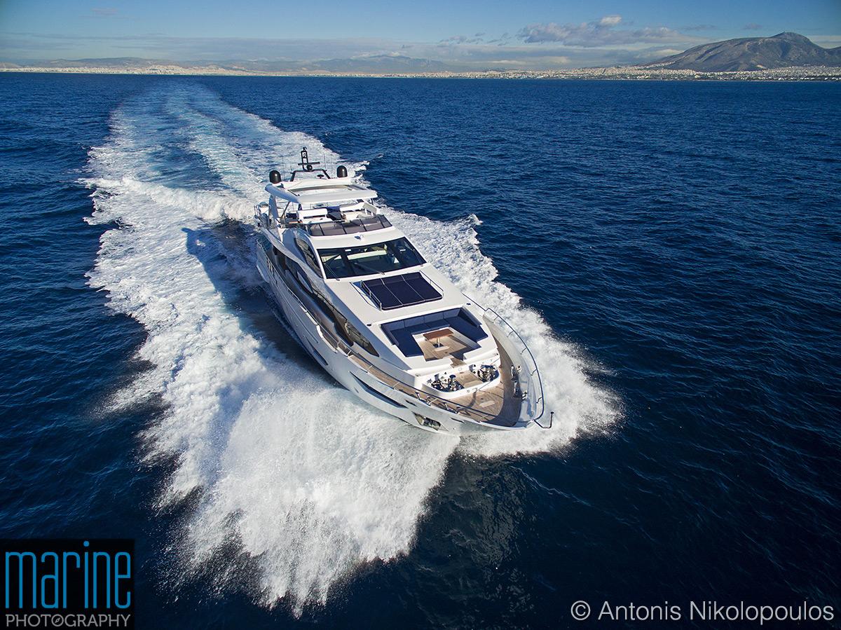 Azimut 30 metri luxury yacht aerial shot
